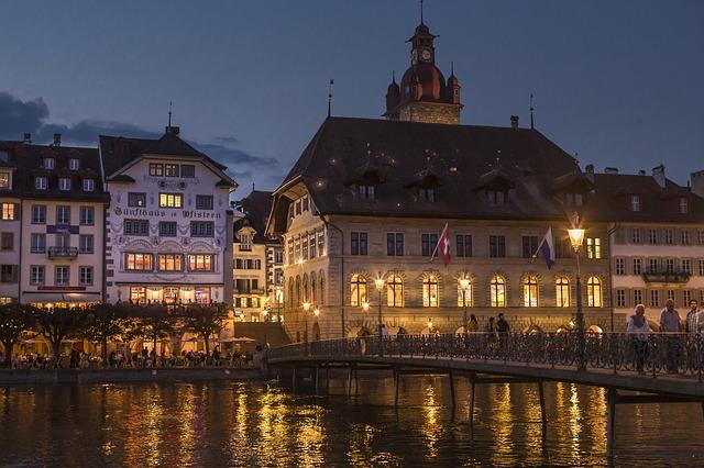 Alter Rathaus és a Pfistern